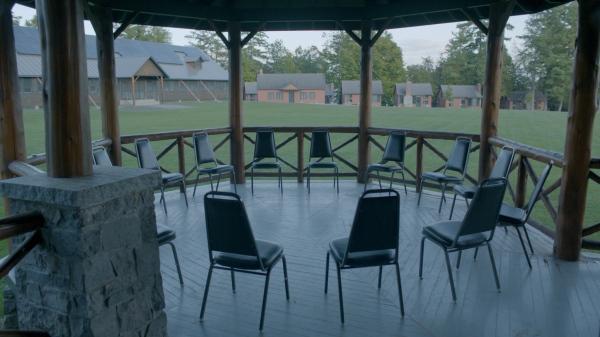 Montana_ChairCircle